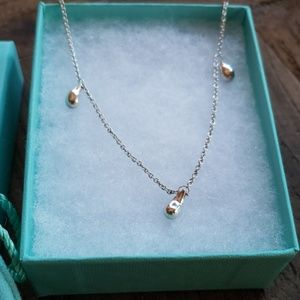 Tiffany Elsa Peretti 3 teardrop necklace